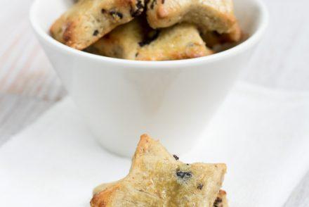 biscotti al farro e uva di corinto vegan