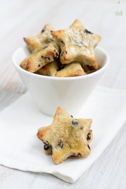 14 dicembre: biscotti al farro e uva di Corinto