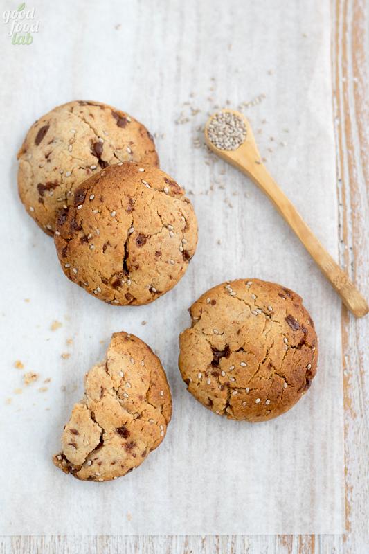 cookies vegan cioccolato semi di chia