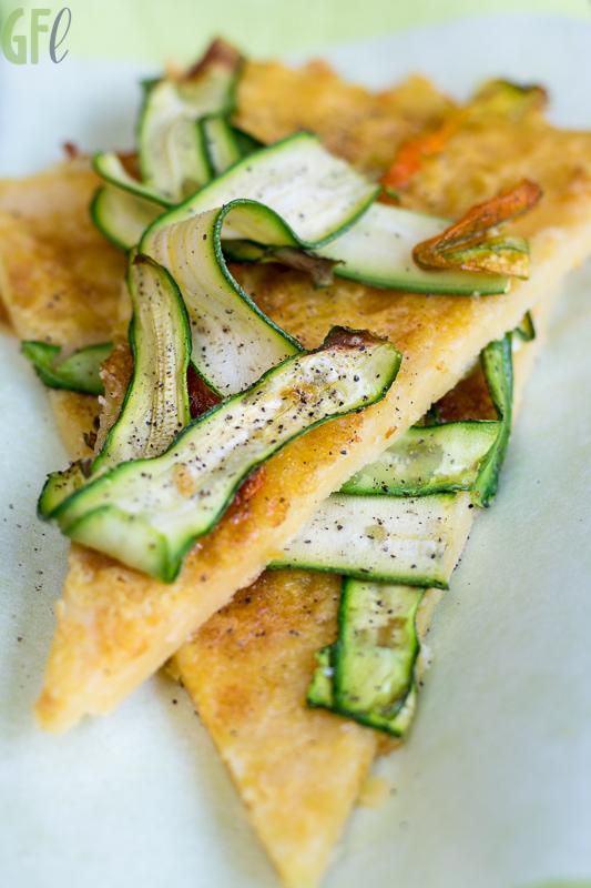 Ricetta Farinata Con Ceci In Scatola.Meat Free Monday Farinata Di Ceci Con Nastri Di Zucchine E Fiori Good Food Lab