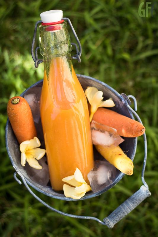 estratto di carote e mango