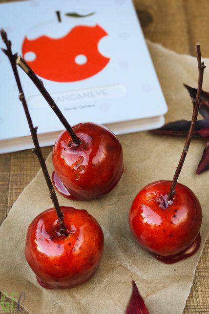 Le mele stregate e un libro da toccare