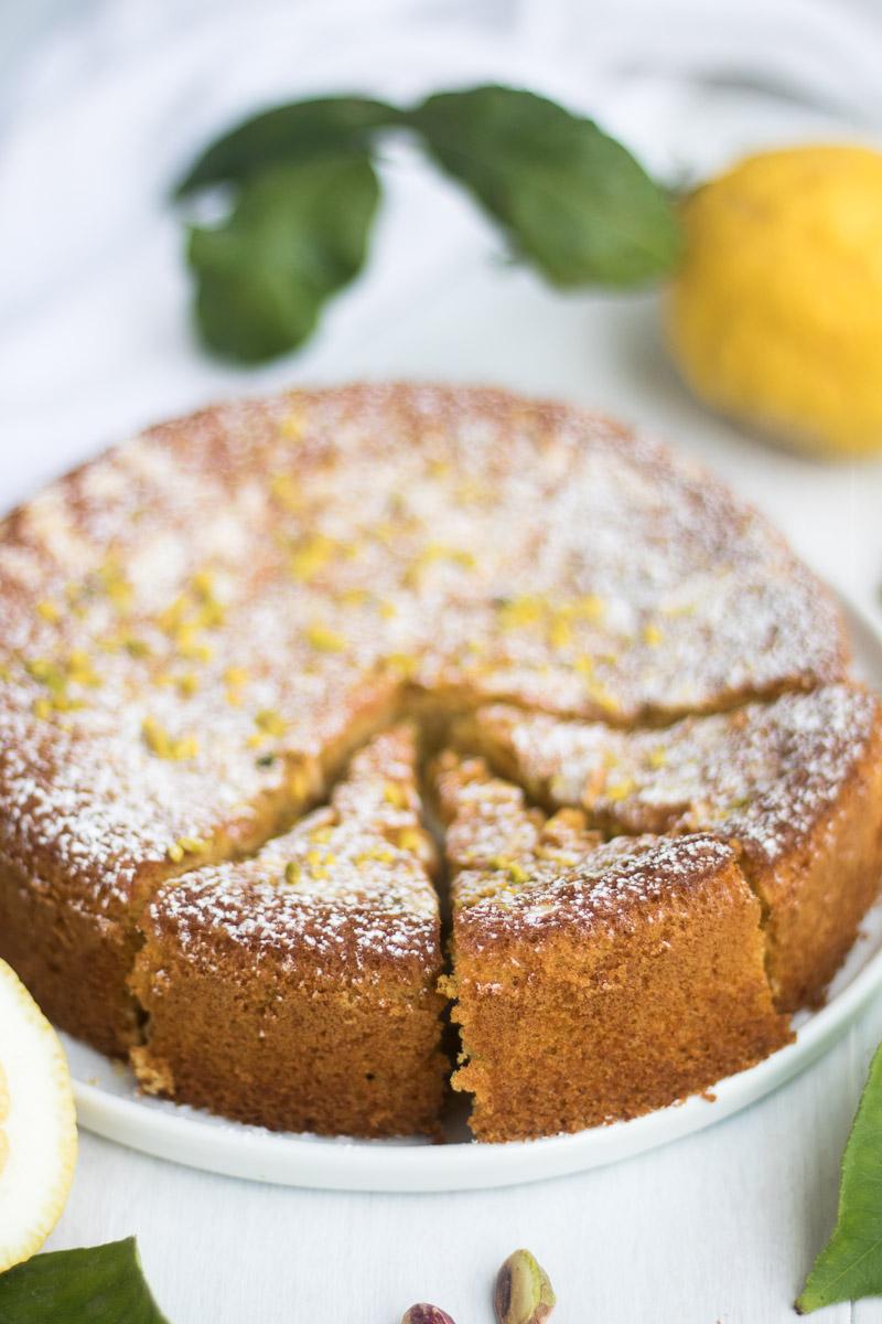 torta al limone, mandorle e olio extravergine di oliva