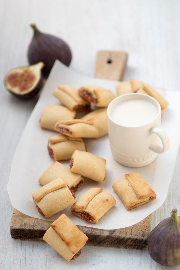 Biscotti settembrini ai fichi con frolla all'olio e composta di fichi freschi
