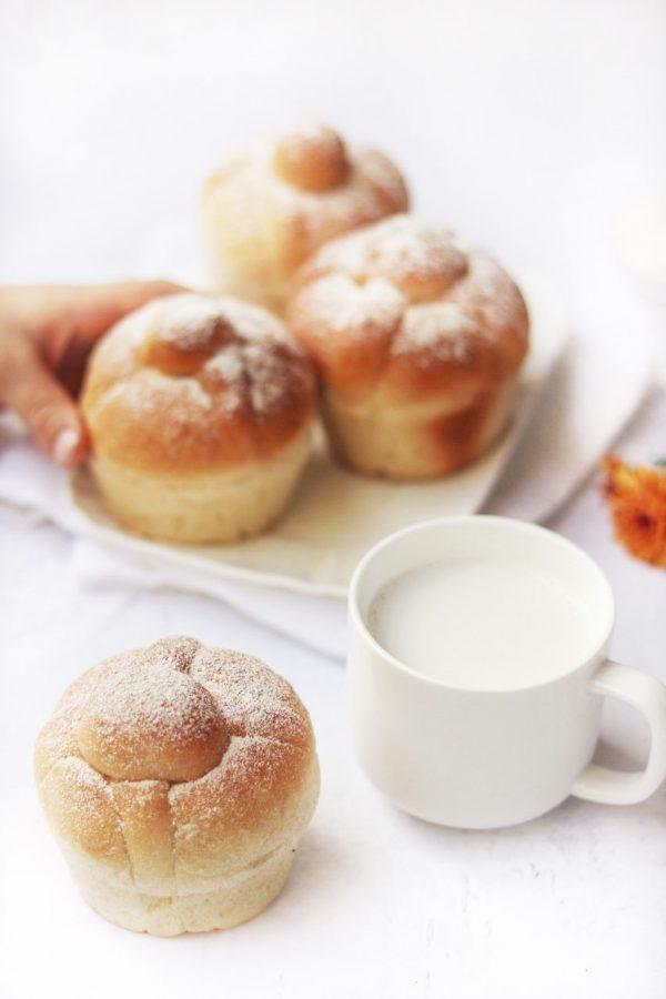 Pan de Muertos (vegan)