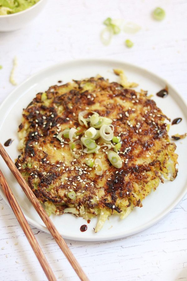 Semplici okonomiyaki vegetariane