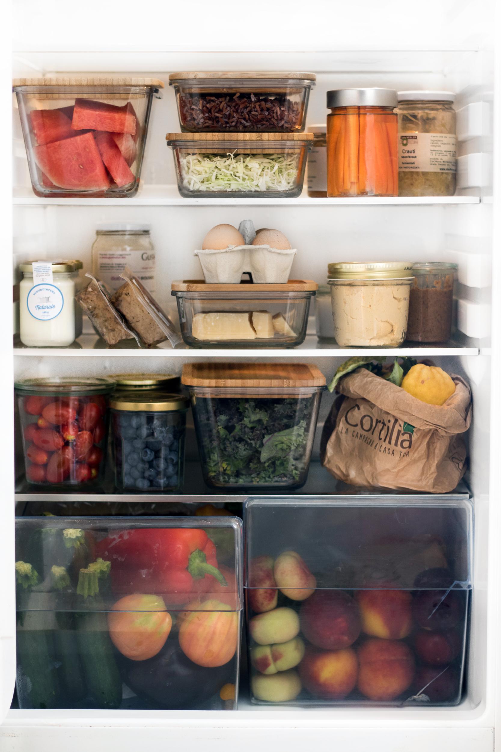 Contenitori Per Organizzare Frigo come organizzare il frigo di casa - good food lab