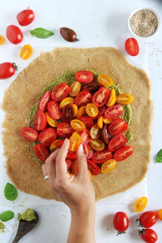 galette ai pomodorini colorati