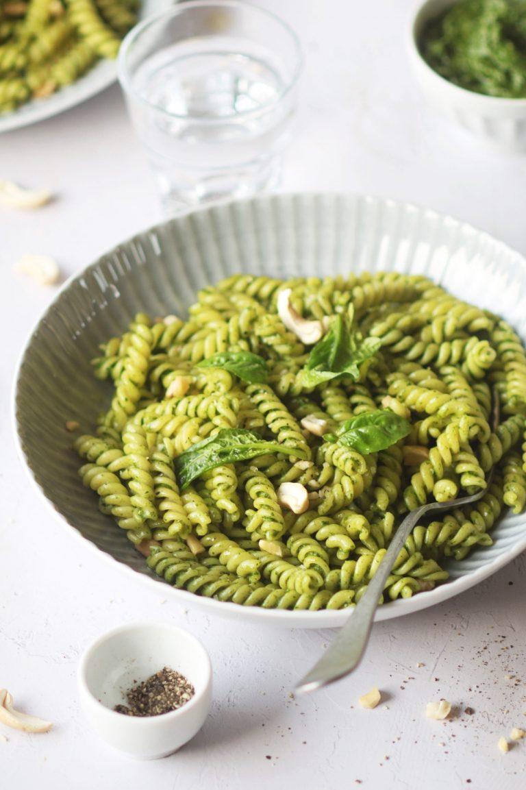 pasta con pesto furbo di spinaci